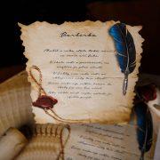 Najkrajší pergamen na stužkovú s vytlačenou básničkou.