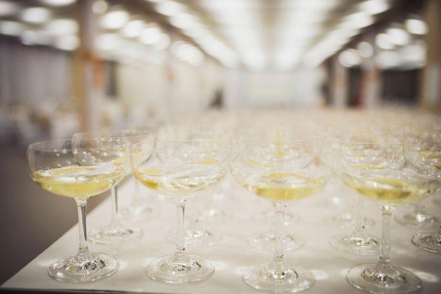 Fotka stužková – Poháre so šampanským