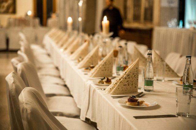 Fotka stužková – Výzdoba stola