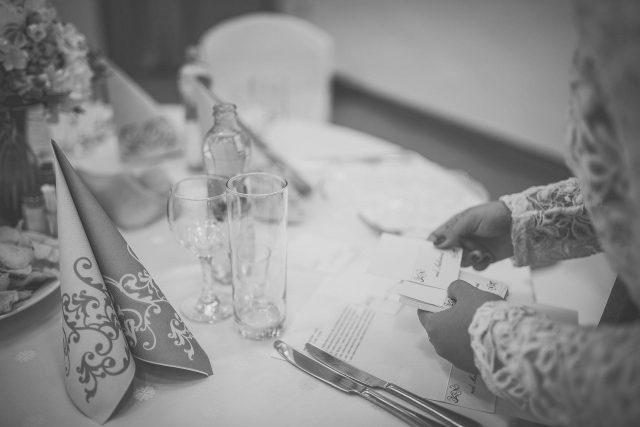 Fotka stužková – Menovky na stoly