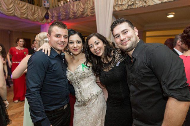 Fotka stužková – Skupinka kamarátov