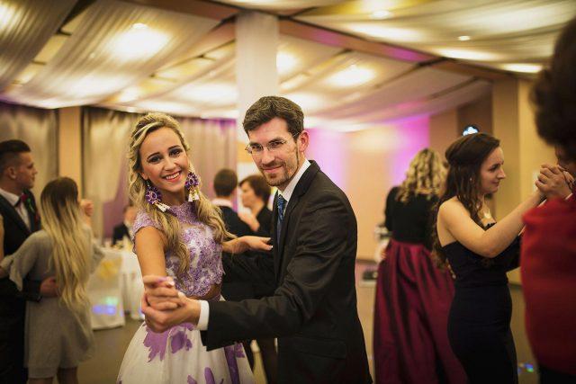 Fotka stužková – Tanec triedneho s maturantkou