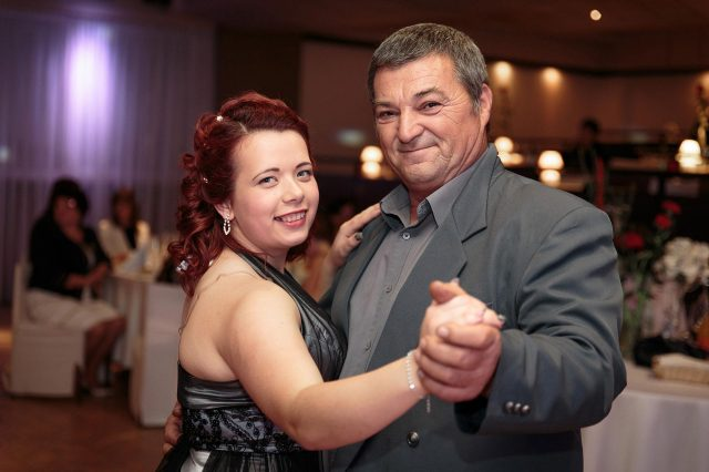 Fotka stužková – Ocko s dcérou