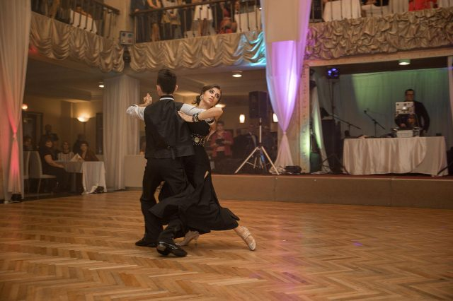 Fotka stužková – Tanec páru
