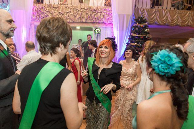 Fotka stužková – Triedna učiteľka tanec